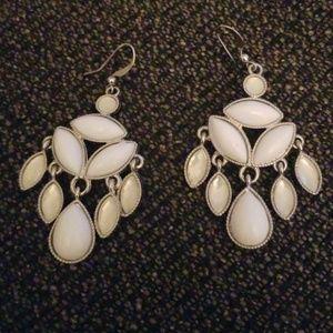 Jewelry - New white dangling earrings